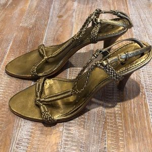 Tyler Richards Gold heels sandals size 8